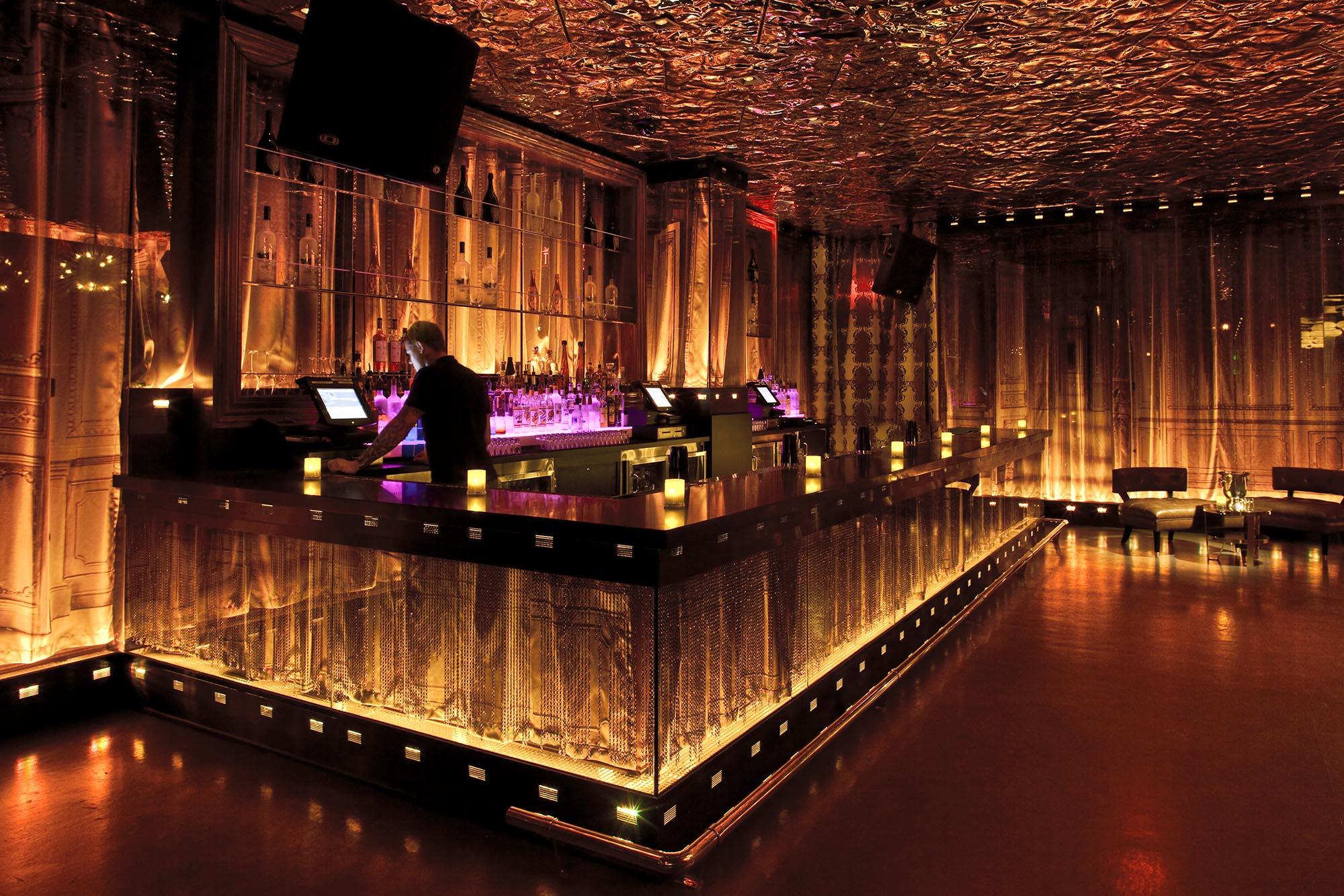 Необычные фото в клубах