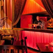 Guilherme Bez - Taj bar Curitiba